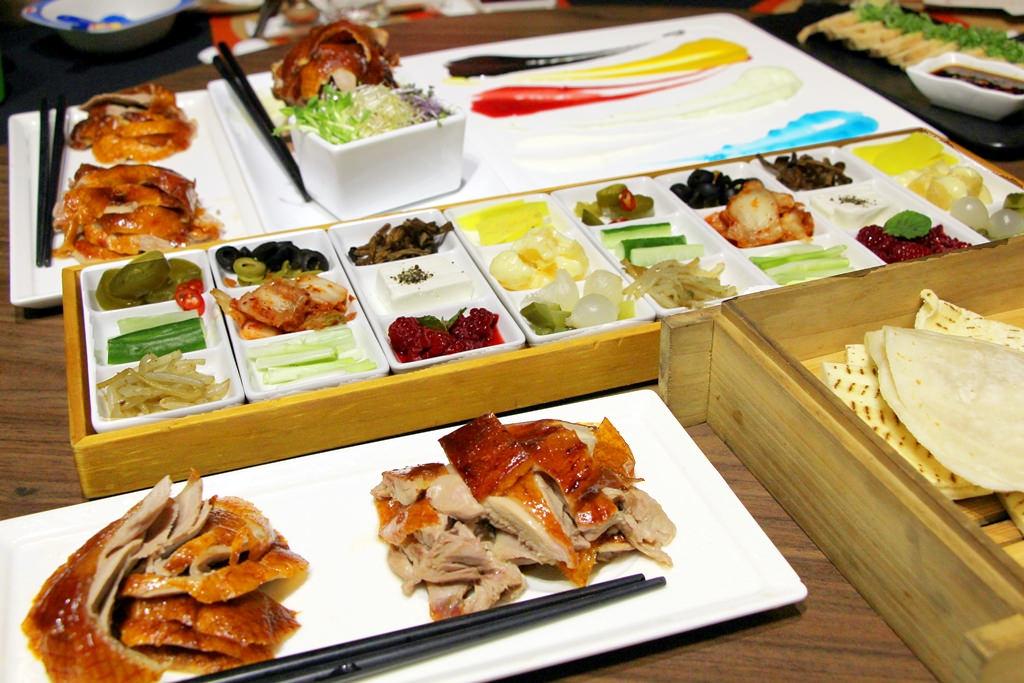 西屯|台中印月創意東方宴,藝鴨三吃吸睛又美味。