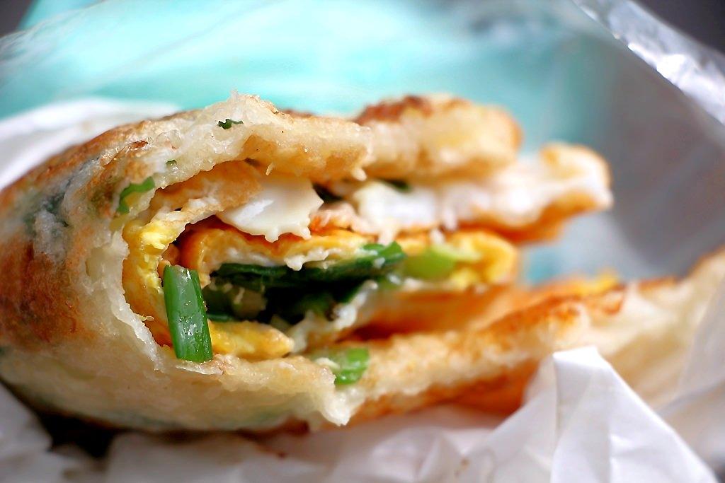 宜吉九層塔粉蔥餅,大甲在地銅板美食~快來一份台式下午茶吧!