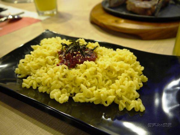 OMAYA春川炒雞(台中漢口店):[台中西屯]OMAYA春川炒雞,跟著人潮吃韓食。